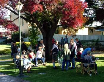 Autum in Tenterfield for the Oracles of the Bush
